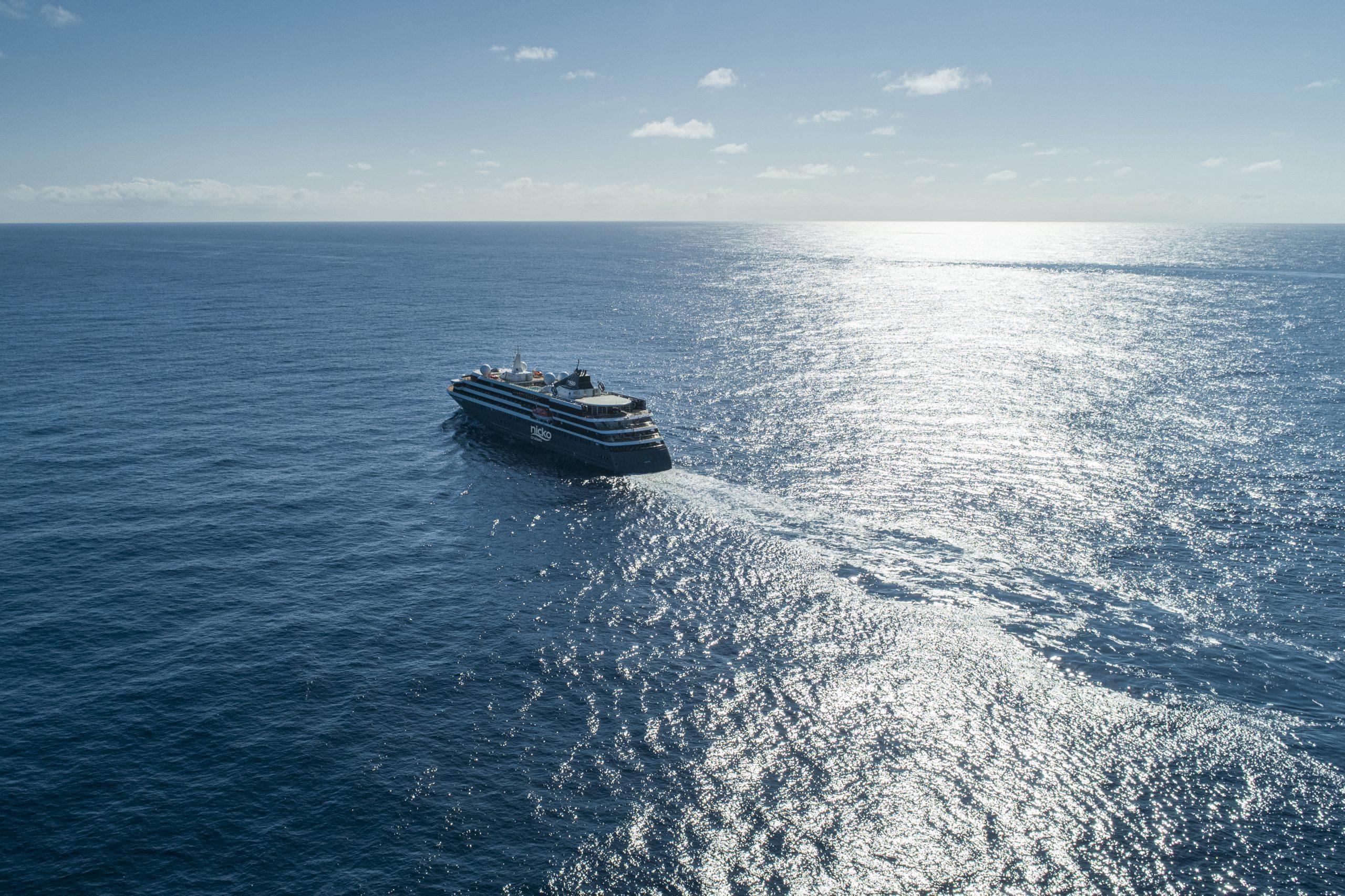 nicko cruises begrüßt auf dem Neubau WORLD VOYAGER seine ersten Gäste zur langersehnten Jungfernfahrt am 10. April 2021