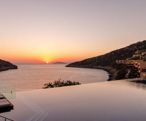 Traumhafte Kombination: Mit der Europa 2 durch die griechische Inselwelt und vorher oder danach ins Luxushotel DAIOS COVE auf Kreta
