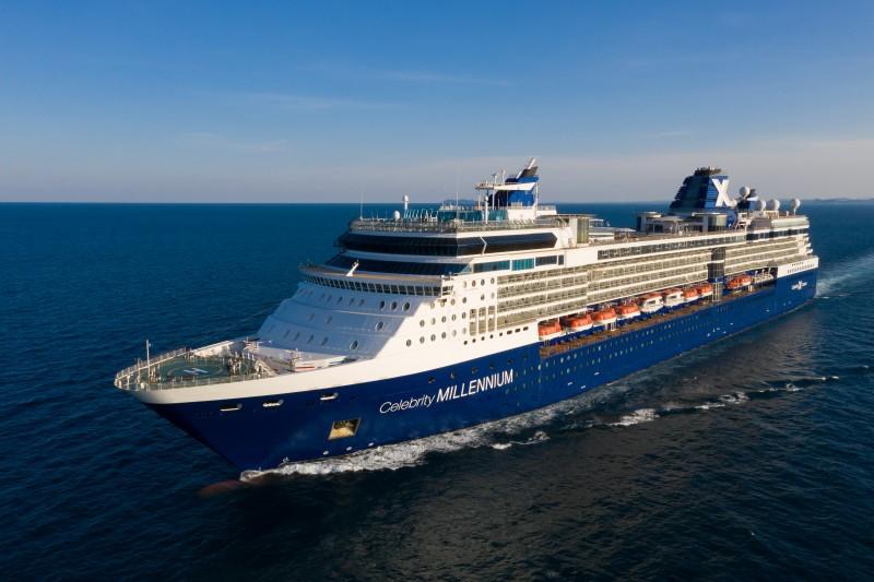Die Celebrity Millenium ist das erste Kreuzfahrtschiff, das in der Karibik in See gestochen ist, an Bord wurden zwei Infektionen registriert